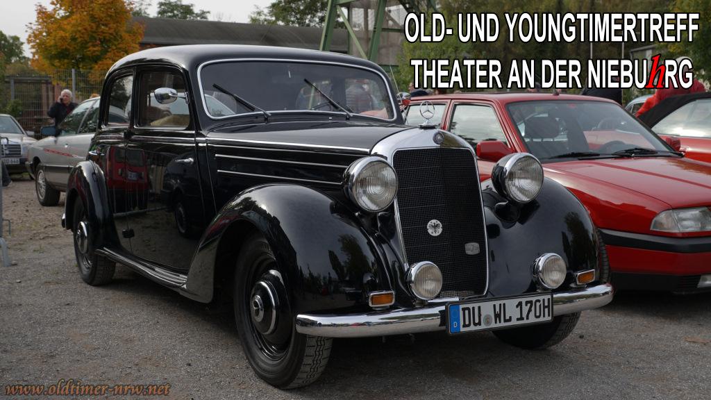 Old- und Youngtimertreff am Theater an der Niebuhrg in Oberhausen